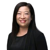 julie-chow-headshot